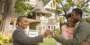 african-american-couple-buying-home1-2